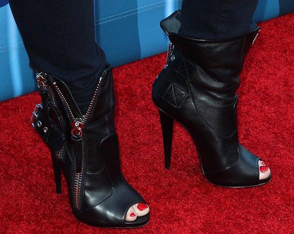 Demi Lovato wearing Giuseppe Zanotti biker boots