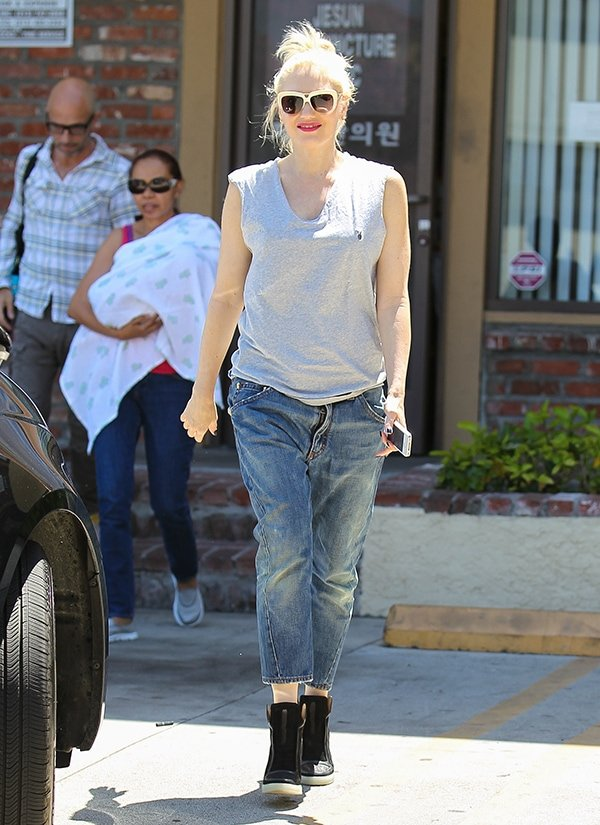 Gwen Stefani Goes For Acupuncture Session