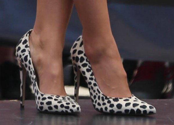 Sophia Bush rocks monochrome leopard-print pumps