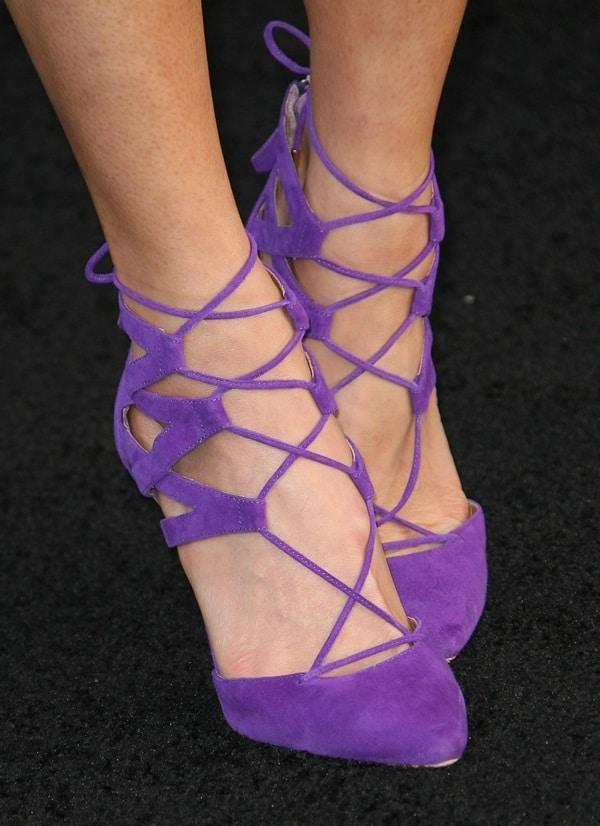 jamie chung godzilla premiere shoe