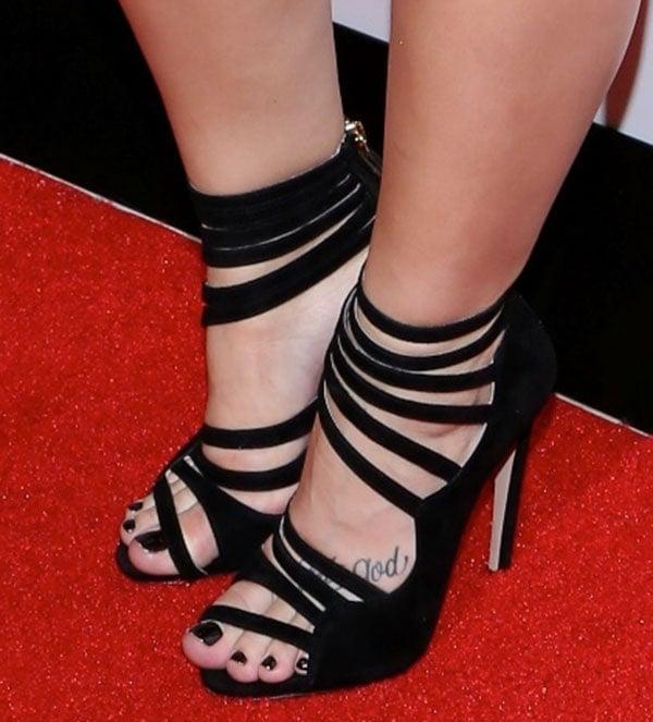 Demi Lovato showing off her feet in Miu Miu sandals