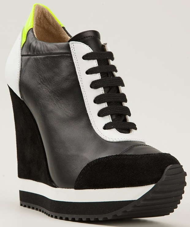 Ruthie Davis Knightly Fluo Wedge Trainers in Black
