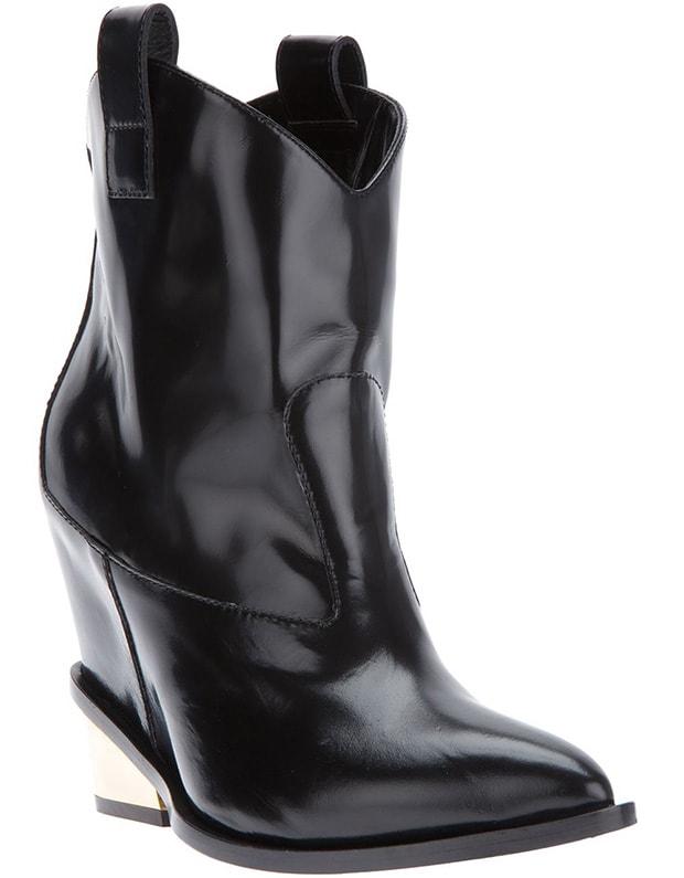 Giuseppe-Zanotti-western-style-boots