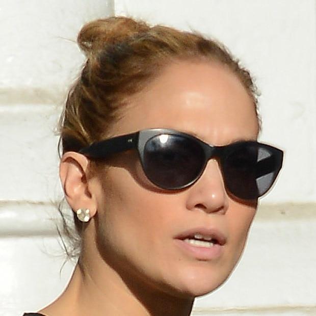 Jennifer Lopez Shopping in Soho