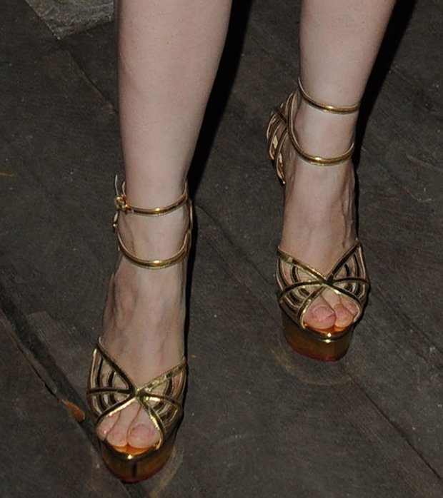 Jessica-Chastain-Charlotte-Olympia-Sandals-1