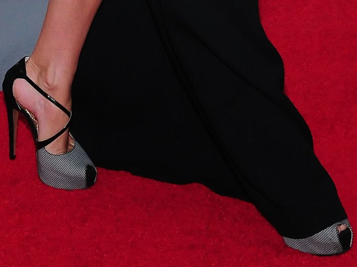 Kate Hudson's crisscross peep-toe platform pumps