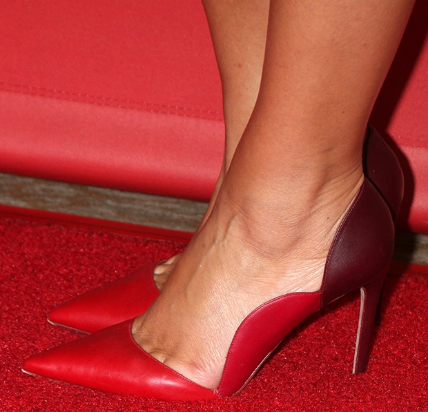 Maria-Menounos-Valentino-Pumps