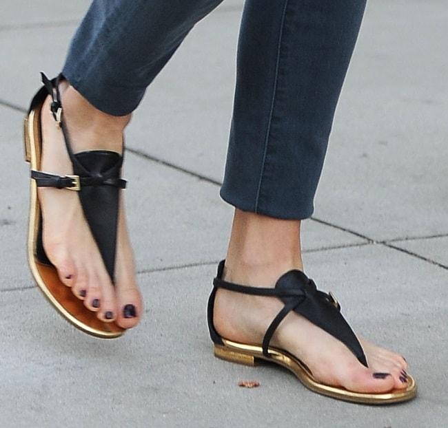 A closer look at Nikki Reed's thong sandals