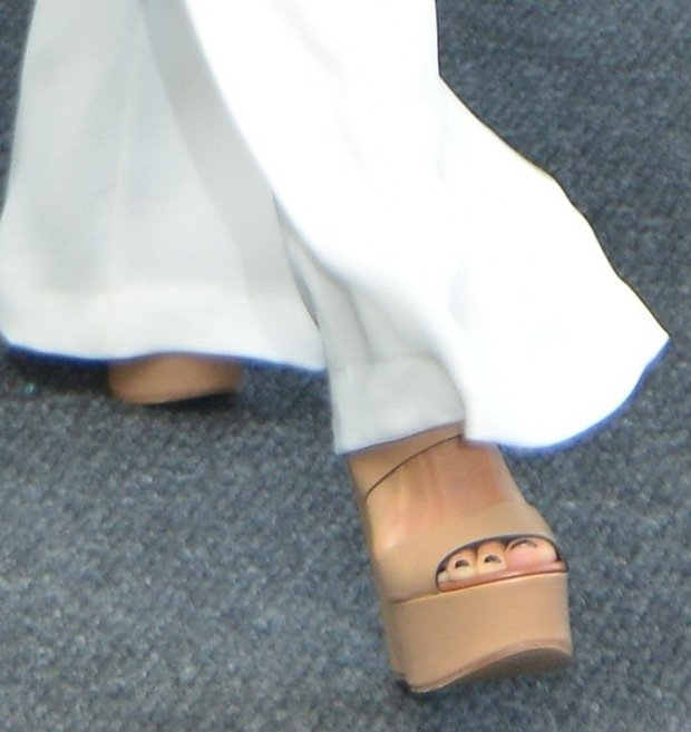 Her pants might be too long, but they still gave us a glimpse of her shoes, which are by Chloe