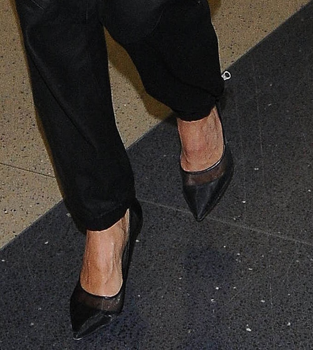 Jessica Alba's pumps are updated with mesh panels and tonal leather trims