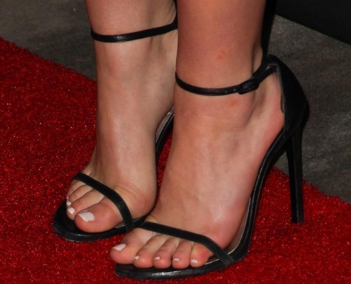 "Kiernan Shipka showing off her feet in Stuart Weitzman ""Nudist"" sandals"
