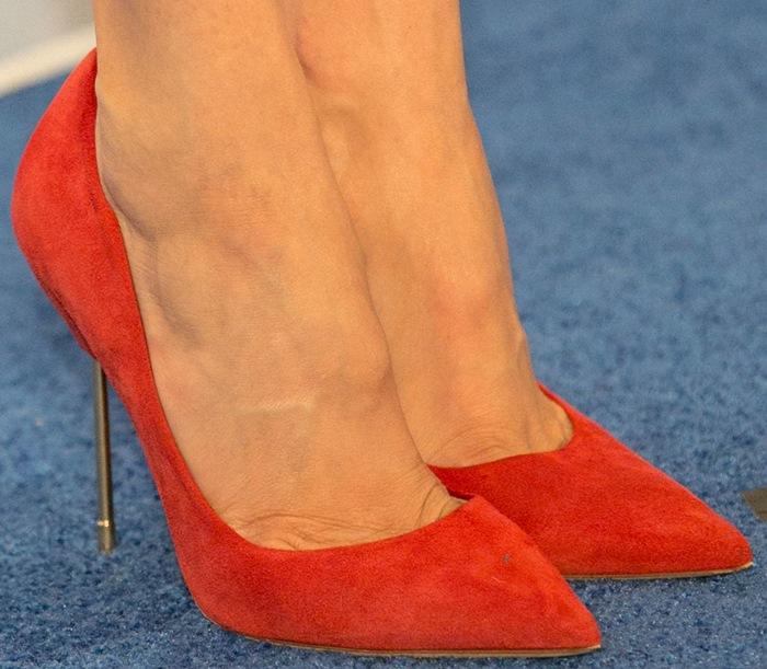 Shailene Woodley wearing Kurt Geiger London Britton pumps