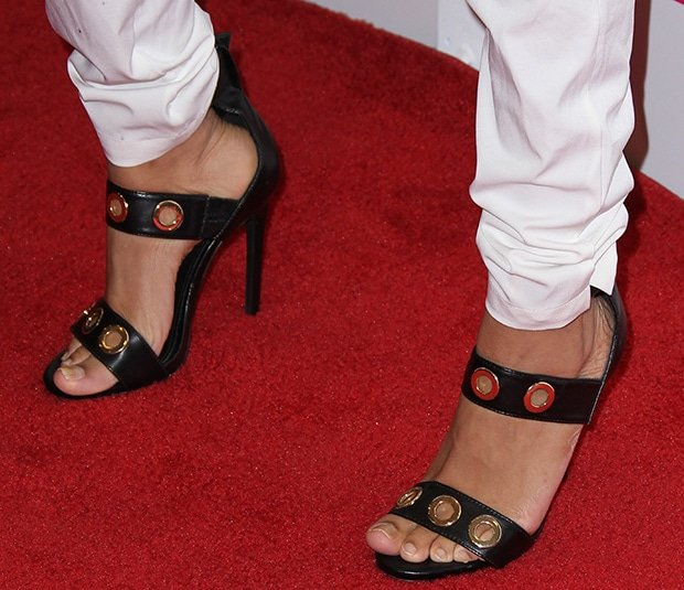 Lil Mama wearing Steve Madden sandals