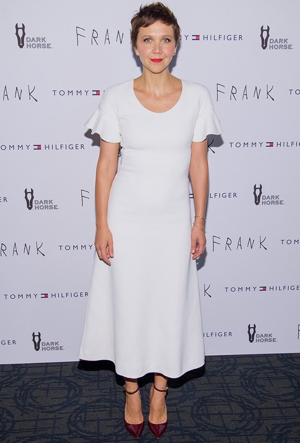 Maggie Gyllenhaal showcased her simple but elegant style in an age-appropriate white dress from Derek Lam's Resort 2015 collection