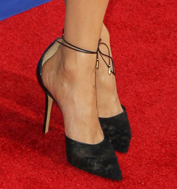 Nina Dobrev completed her ensemble with a pair of Salvatore Ferragamo Fall 2014 pumps