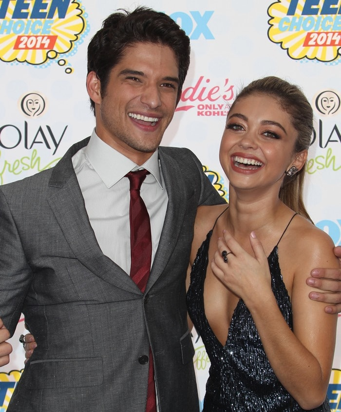 Tyler Posey and Sarah Hyland at Fox's 2014 Teen Choice Awards at the Shrine Auditorium in Los Angeles on August 10, 2014