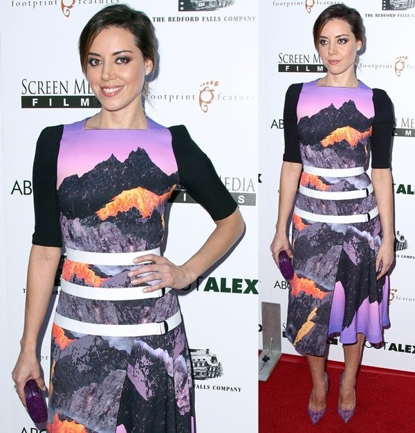 """Aubrey Plaza wearing a lovely printed Peter Pilotto dress with purple snakeskin Jimmy Choo """"Anouk"""" pumps"""