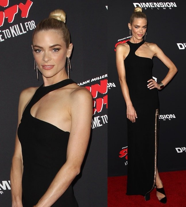 Jaime King looking fierce in her Versace dress and Monique Lhuillier mules at the premiere of 'Sin City: A Dame to Kill For' in Los Angeles on August 19, 2014