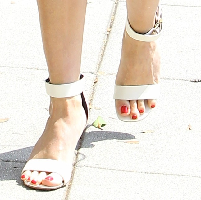 Reese Witherspoon's pedicured toes in ankle-strap sandals