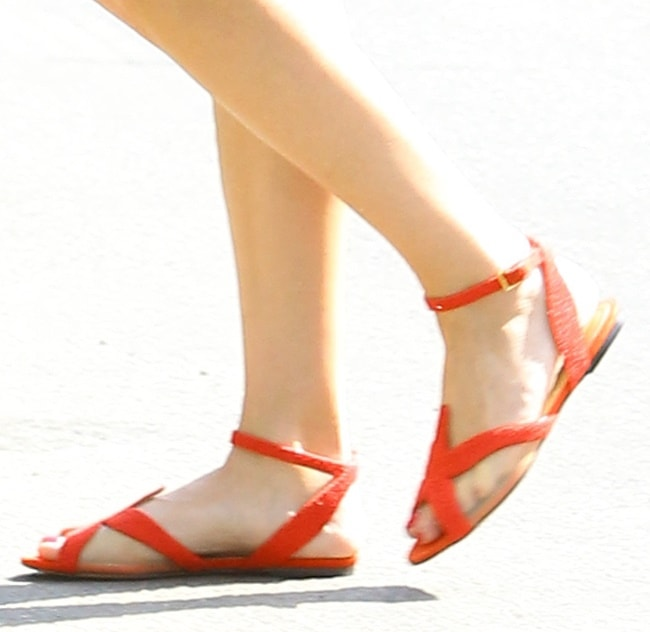 Reese Witherspoon's feet in red sandals