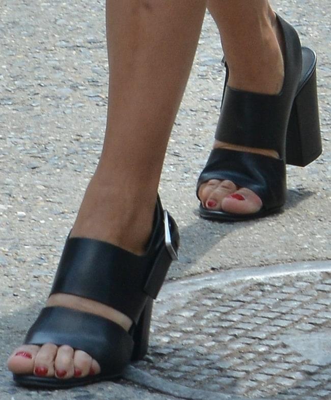 Zoe Kravitz rockschunky slingback sandals