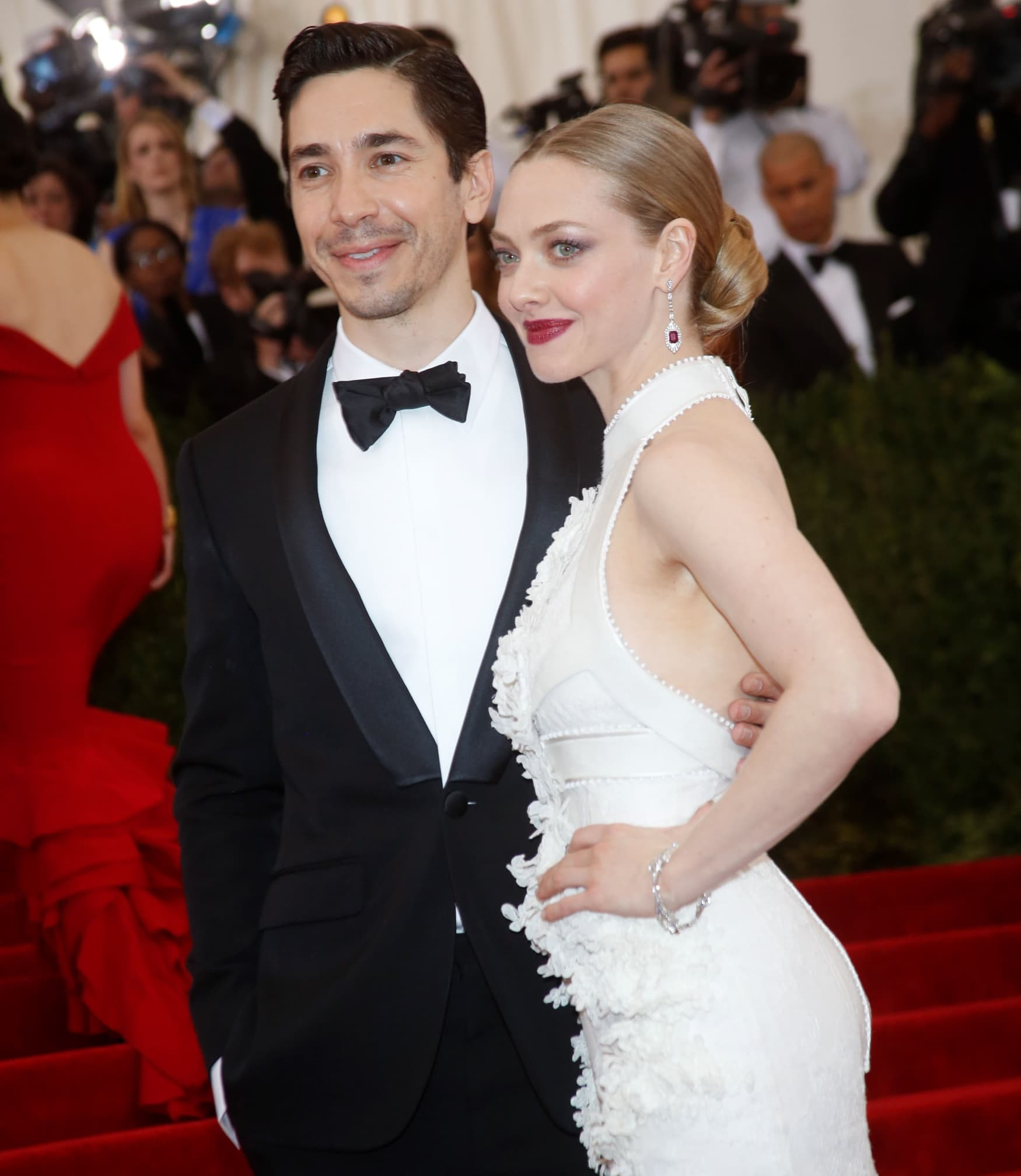 The nude images allegedly show Amanda Seyfried enjoying an intimate vacation with her then-boyfriend Justin Long