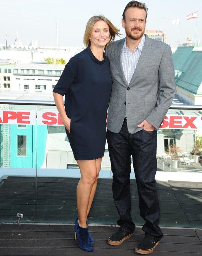 Cameron Diaz donned a sporty navy blue dress by Stella McCartney