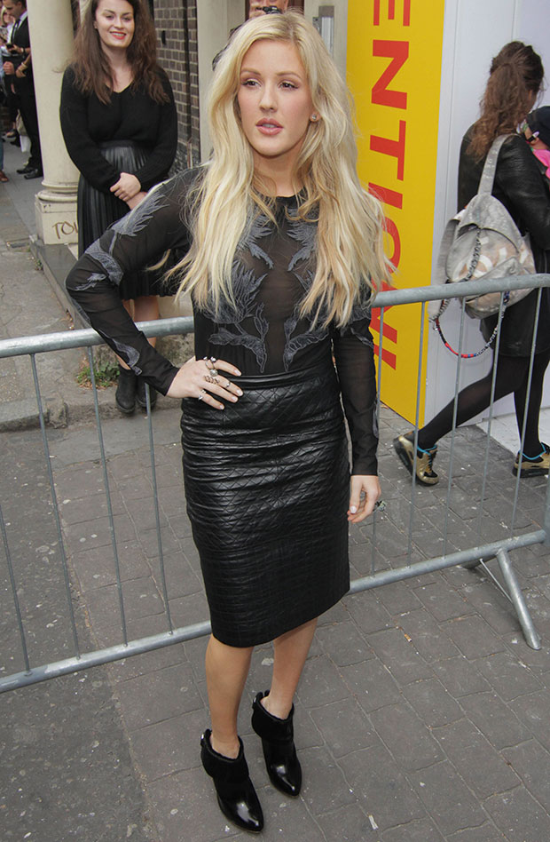 Ellie Goulding wearing a head-to-toe Topshop ensemble