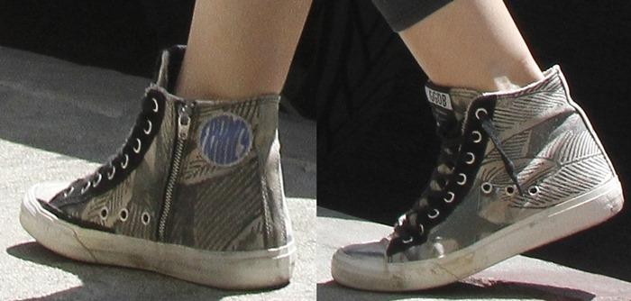 Hilary Duff wearing sneakersby Golden Goose