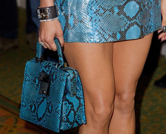 Jennifer Lopez carrying a Dsquared2 Fall 2014 handbag