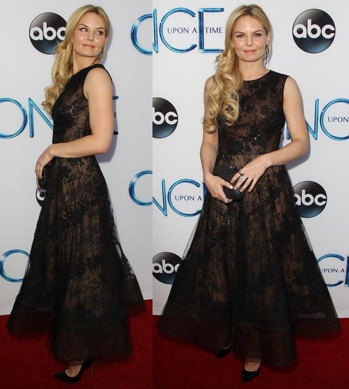 Jennifer Morrison'sa sleeveless lace-embroidered tulle dress by Oscar de la Renta