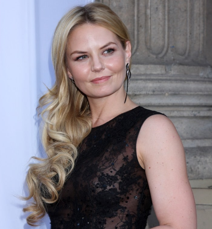 "Jennifer Morrison showing off her AS29 ""Long Four Lines"" earrings"