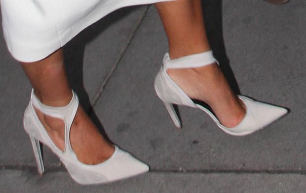 Kim-Kardashian-Balenciaga-Pumps