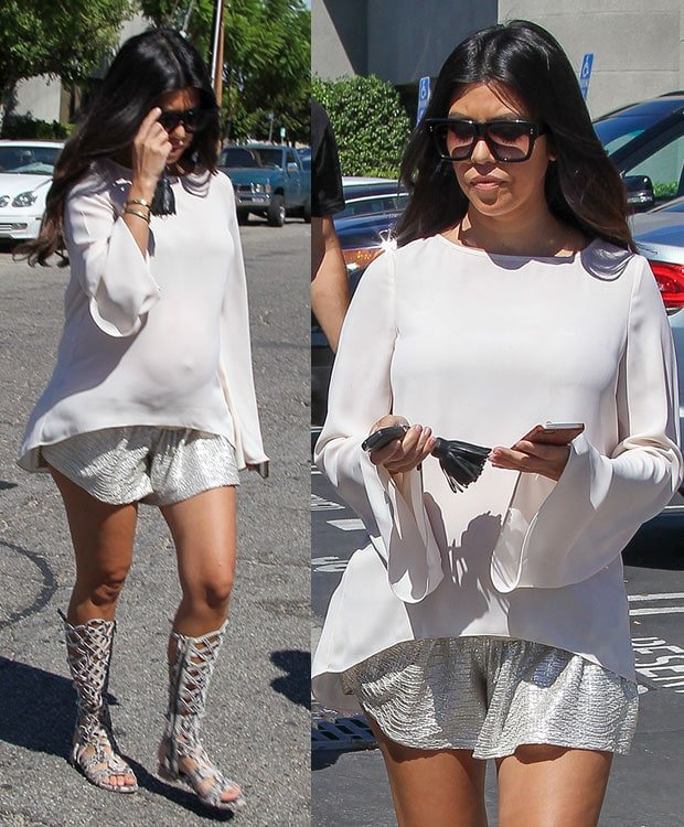 Kourtney Kardashian leaving a studio in Los Angeles on September 17, 2014