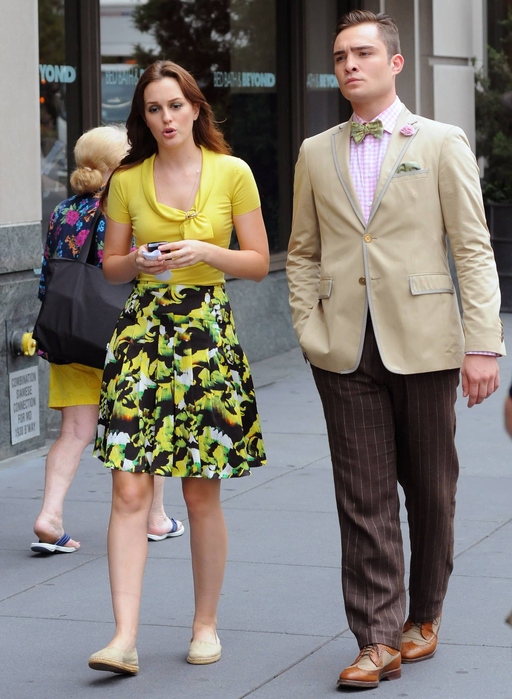 Leighton Meester and Ed Westwick filming 'Gossip Girl' on location in Manhattan