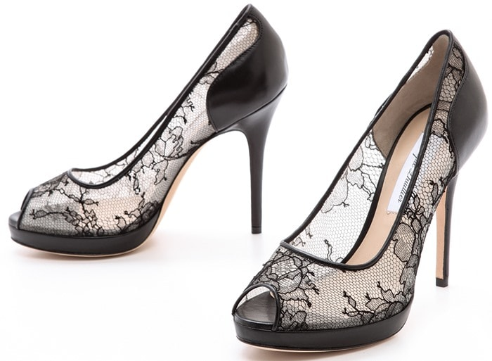 Monique Lhuillier Belle Lace Pumps Black