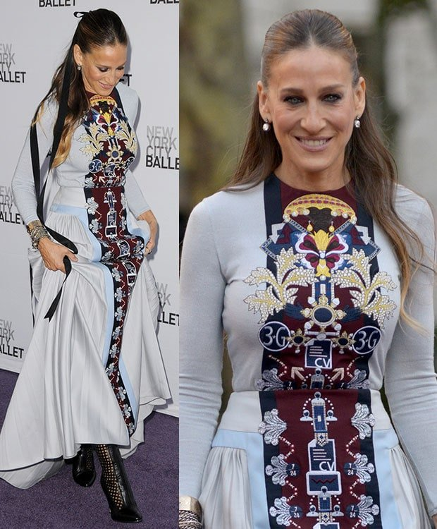 Sarah Jessica Parker's hair was simply done and tied with a long black ribbon in a half-up, half-down style