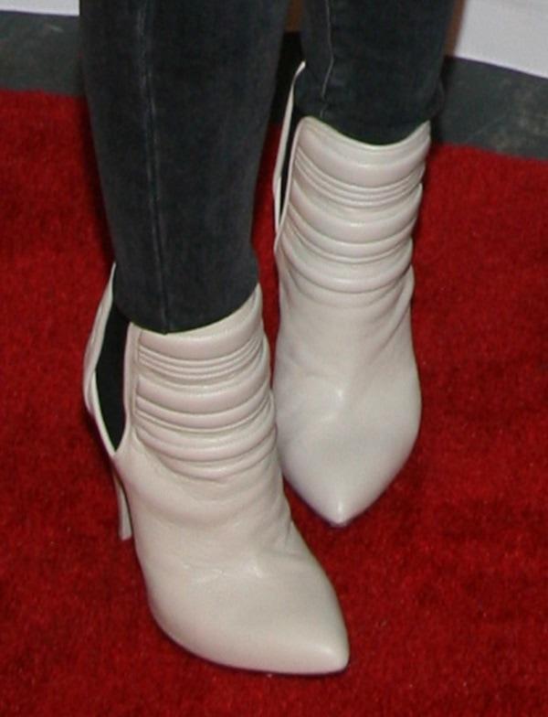 Hilary Duff rockingcool IRO boots