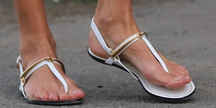 Alessandra Ambrosio Gets Leggy In Short Shorts (PHOTOS