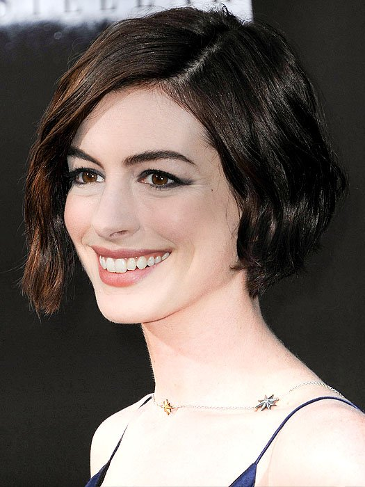 Anne Hathaway wearing a starry necklace by James banks Designs