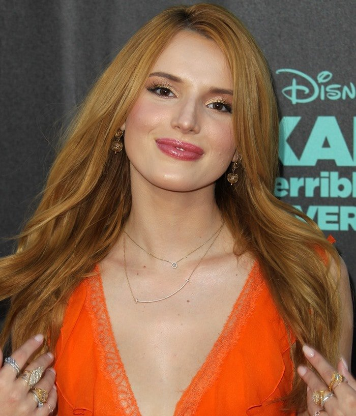 Bella Thorne accessorized with Neil Lane jewelry