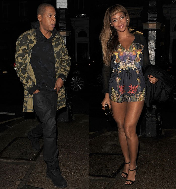 On Friday evening, the two were spotted at Harry's Bar in Mayfair, and Queen B seemed to be in good spirits, flashing her pearly whites for the paparazzi.