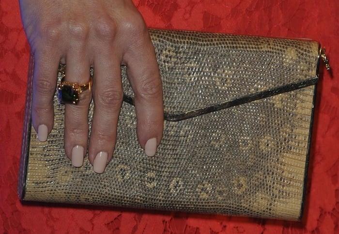 Kate Hudson totinga snake-print Brian Atwood clutch