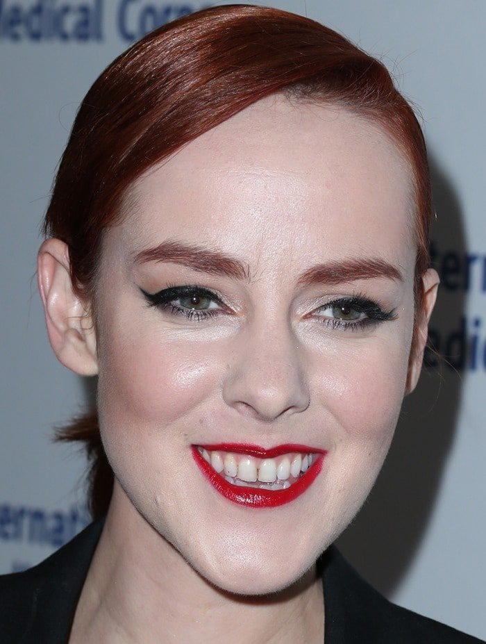 Jena Malone at the International Medical Corps Annual Awards with NYLON at the Beverly Wilshire Four Seasons Hotel in Beverly Hills on October 23, 2014