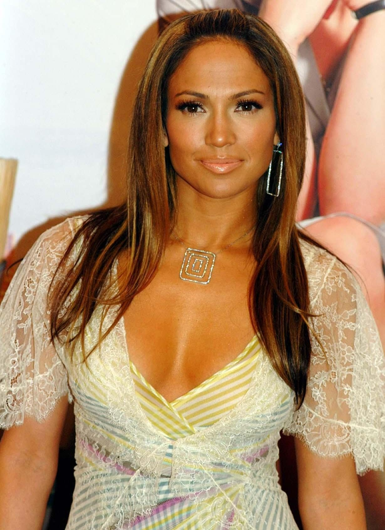 Jennifer Lopez at a photocall for her new movie Maid in Manhattan