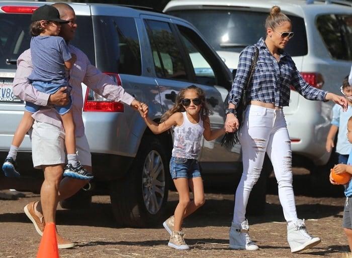 Jennifer Lopez visiting Mr. Bones Pumpkin Patch with her children in Los Angeles on October 11, 2014