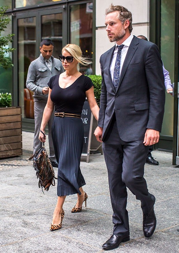 Jessica Simpson and Eric Johnson leaving their hotel in New York City