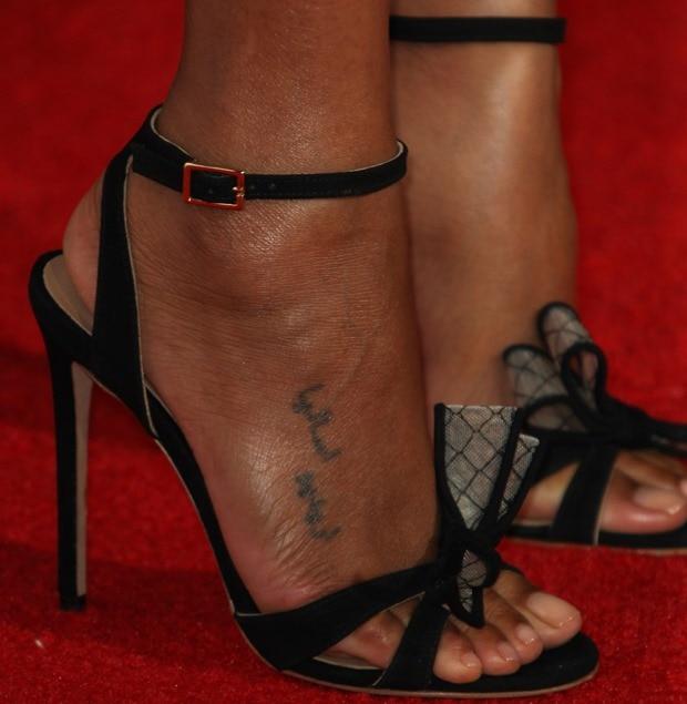 Zoe Saldana's feet in Kurt Geiger sandals