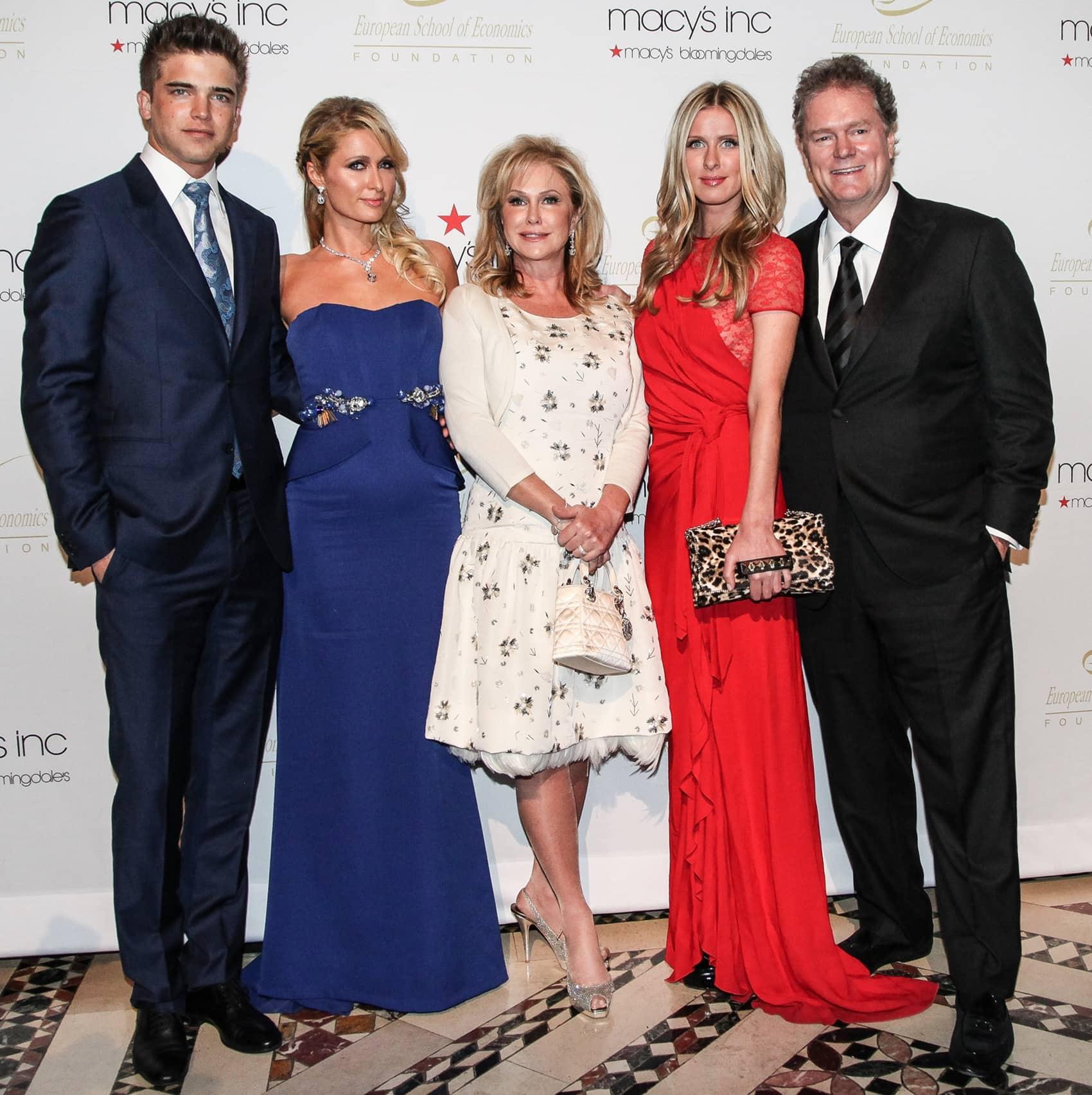 Spanish model River Viiperi, Paris Hilton, Kathy Hilton, Nicky Nilton, and Rick Hilton attend European School Of Economics Foundation Vision And Reality Awards