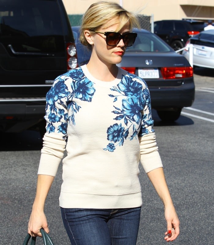 Reese Witherspoon out and about running errands